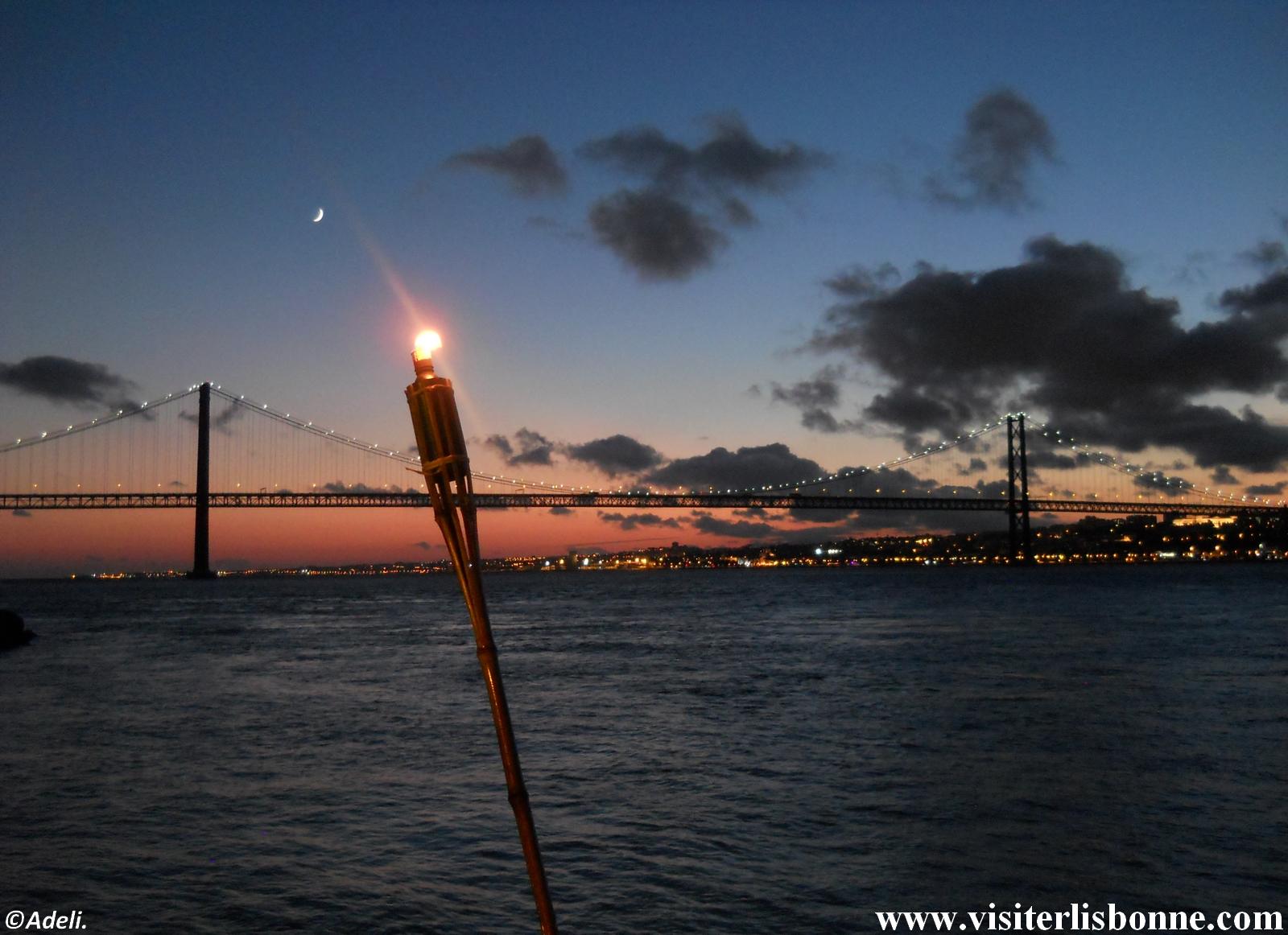 Pont du 25 Avril de nuit - Lisbonne
